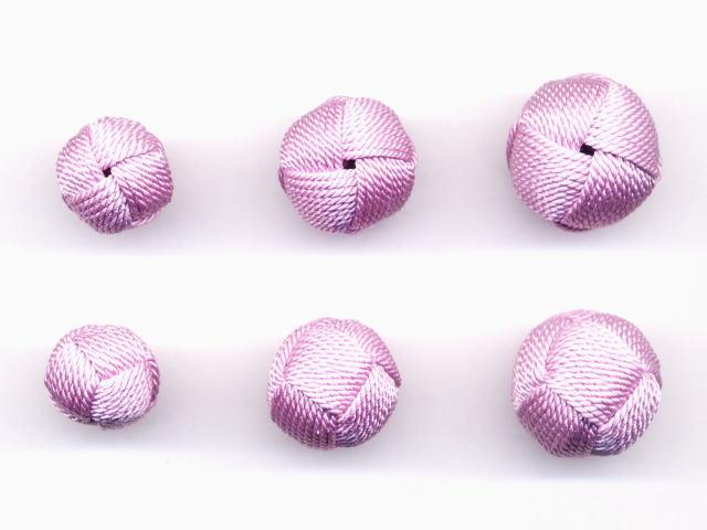数珠用 梵天房(正絹)藤 左から13mm16mm18mm 上段は房穴箇所